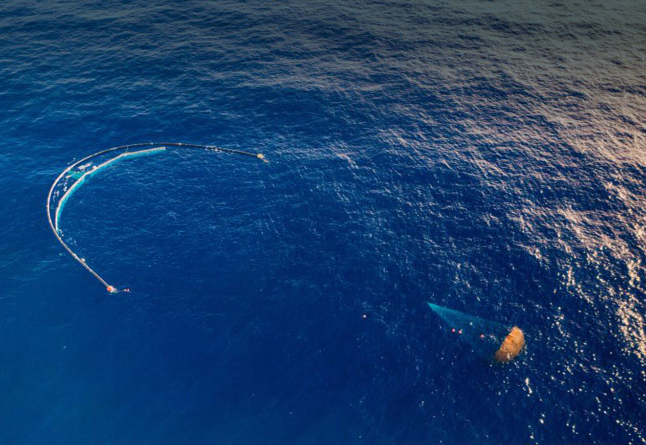 Use technology to remove plastic from ocean gyres